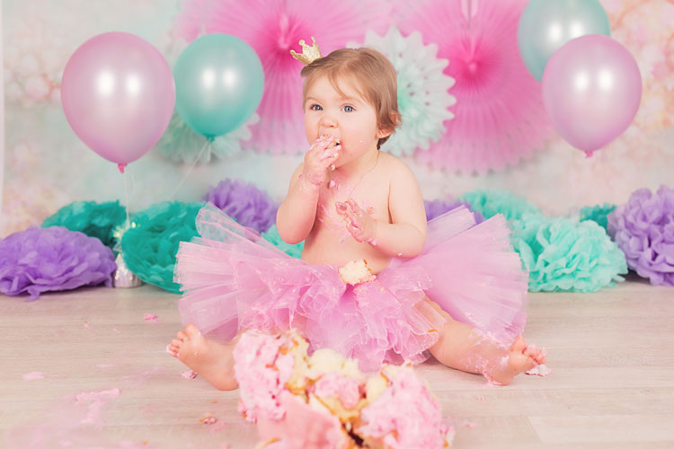cakesmash rotterdam fotosessie fotoshoot barendrecht capelle aan den ijssel firstbirthday verjaardag baby zwijndrecht zoetermeer den haag taart cakesmashen